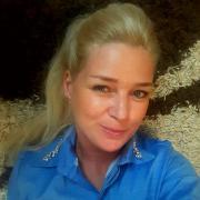 Angiee, 40