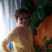 Zsuzsska, 39