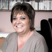 Ilonamária, 52