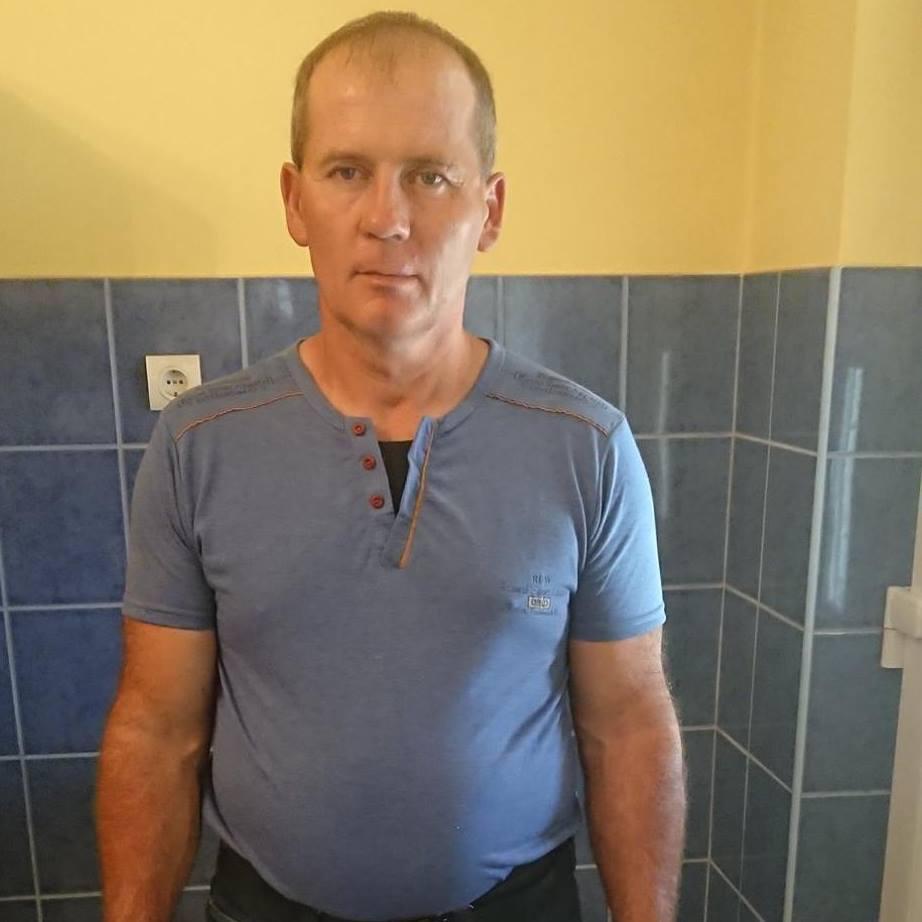 Mihály0, 53