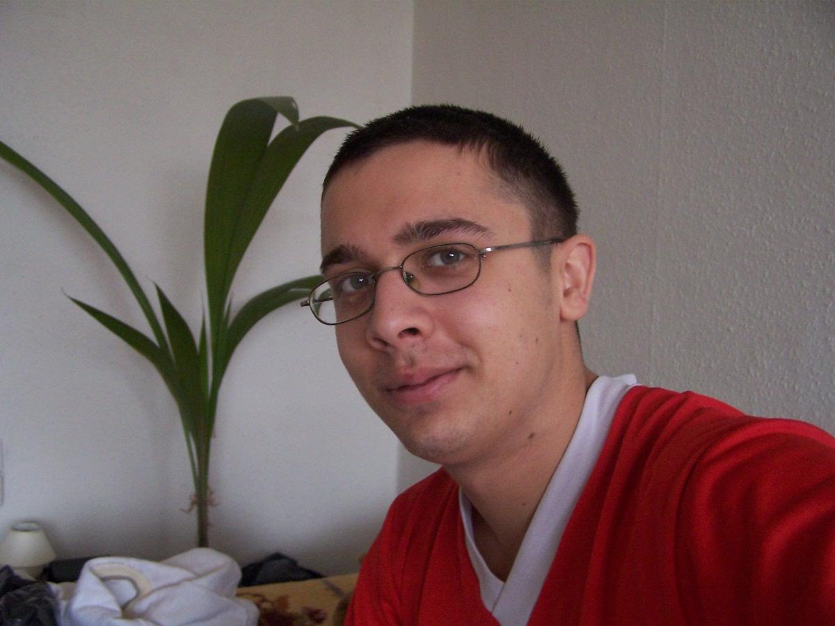 Sütee, 35