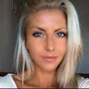 Indila, 33