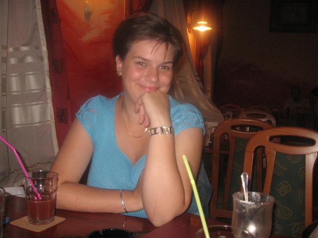 F.Evelyn, 35