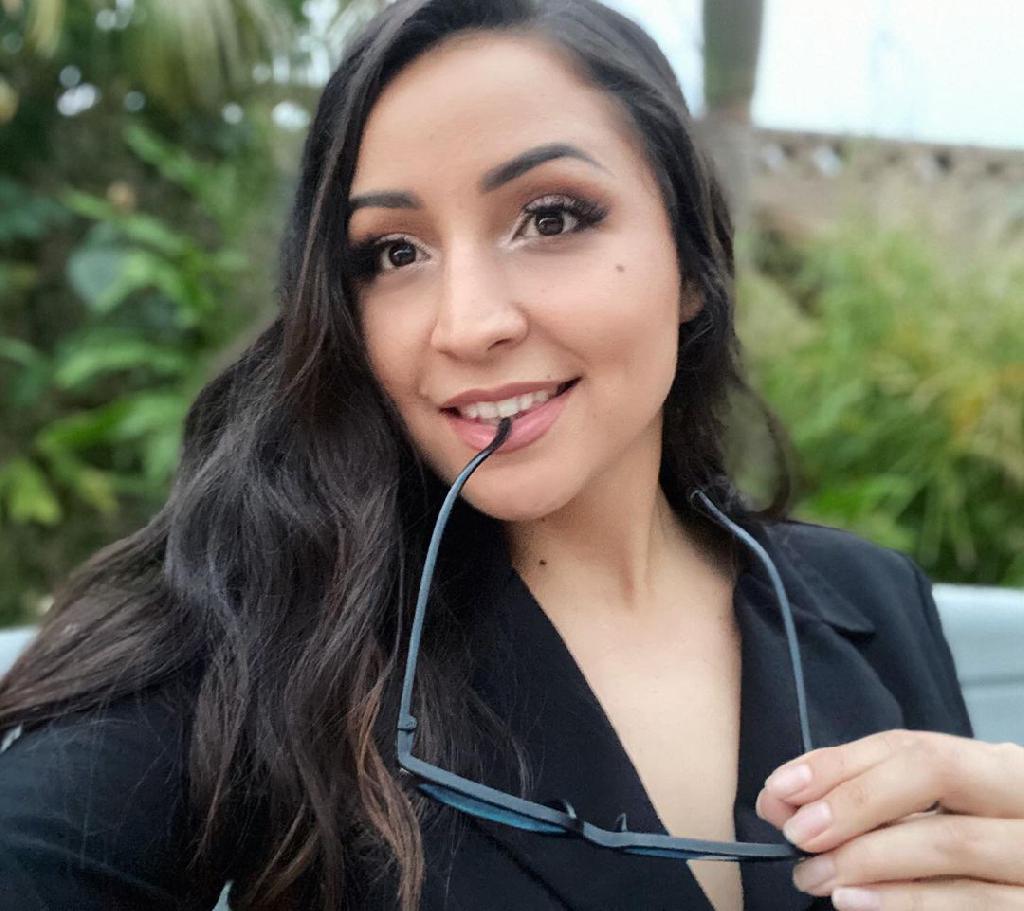 BestElena, 30
