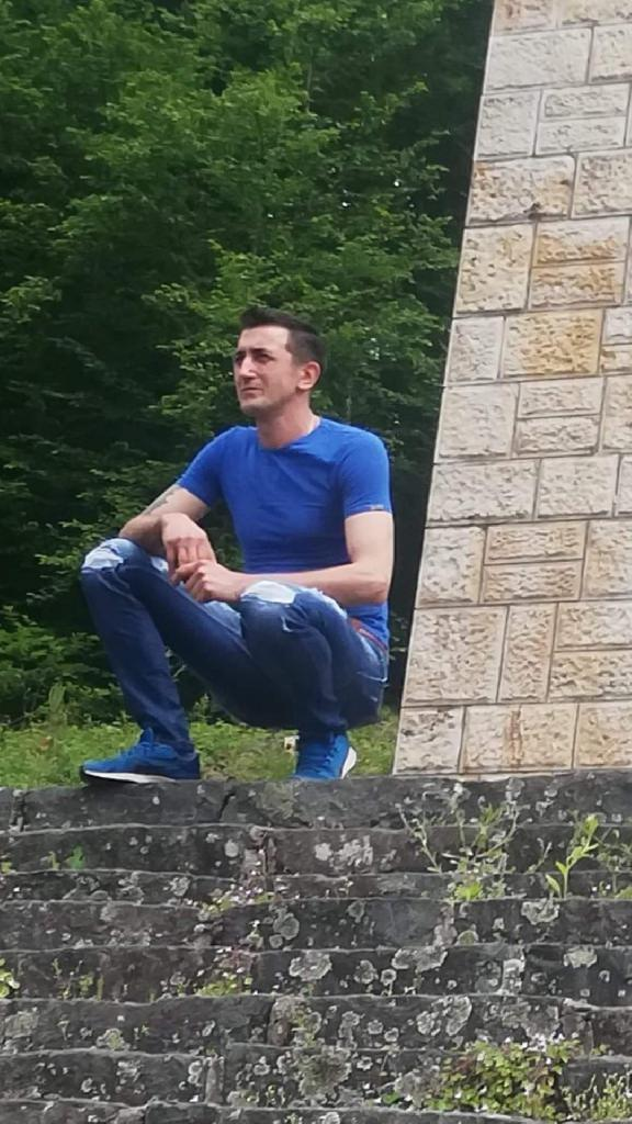 Szkini, 41