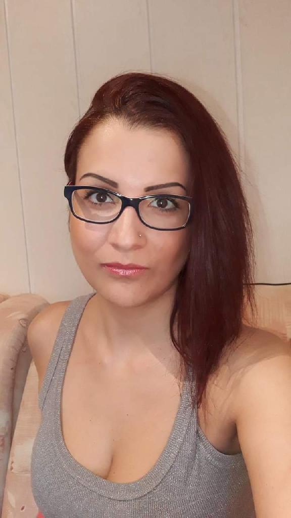 Mollika, 32