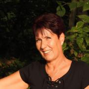 Aine, 52