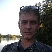 _István, 47