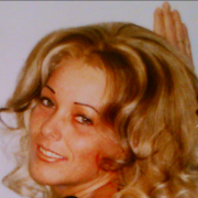Ysabelle, 43