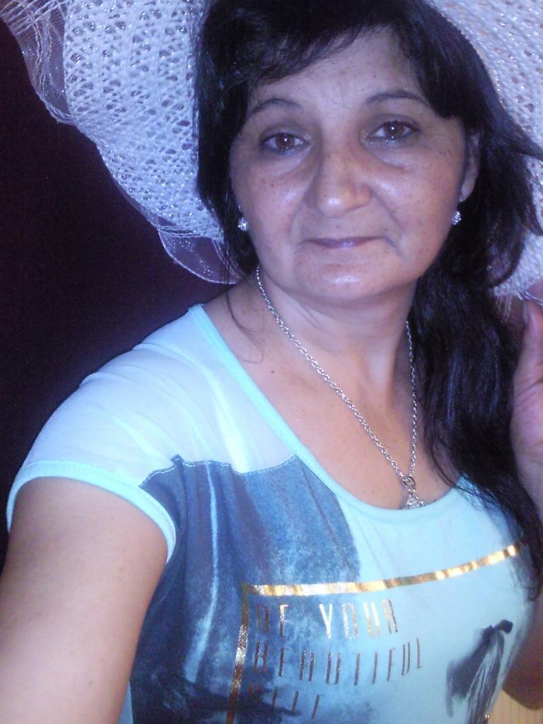 Anna68, 53