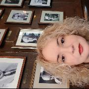 Judyy, 43