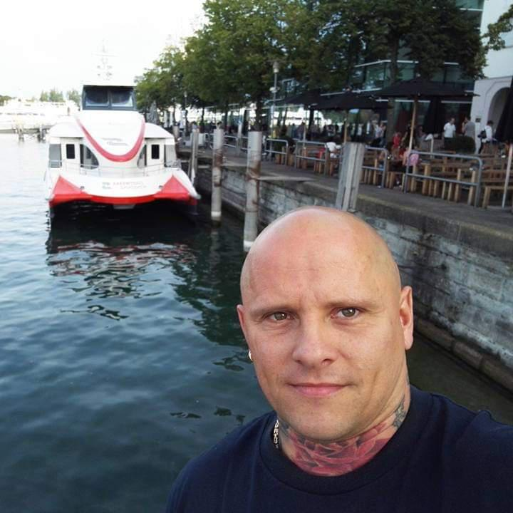 Ludovik, 42