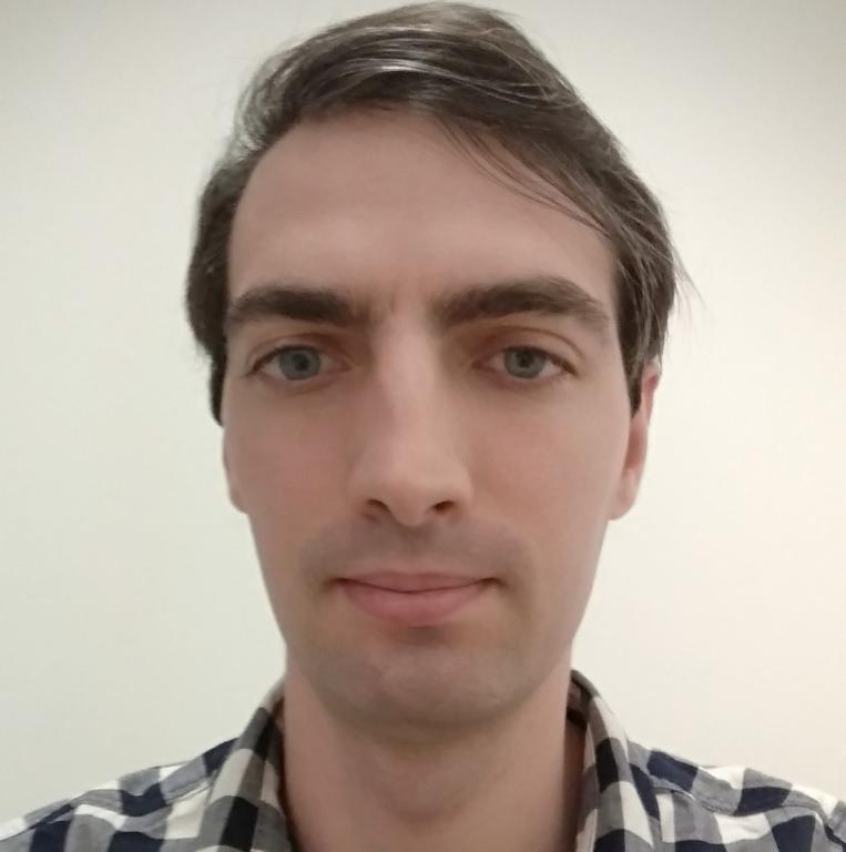 BenjaminM, 27