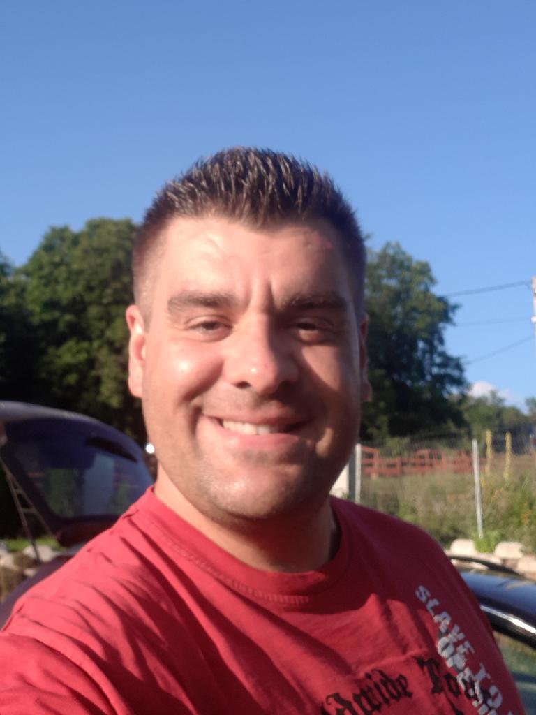 Belaoliver, 42