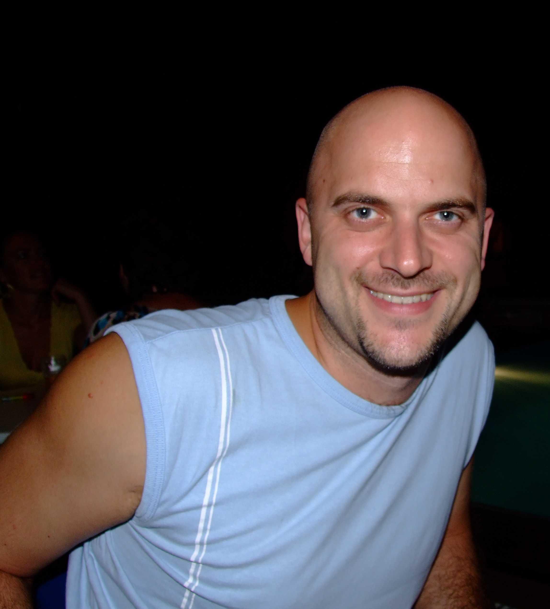 Akhmar, 42