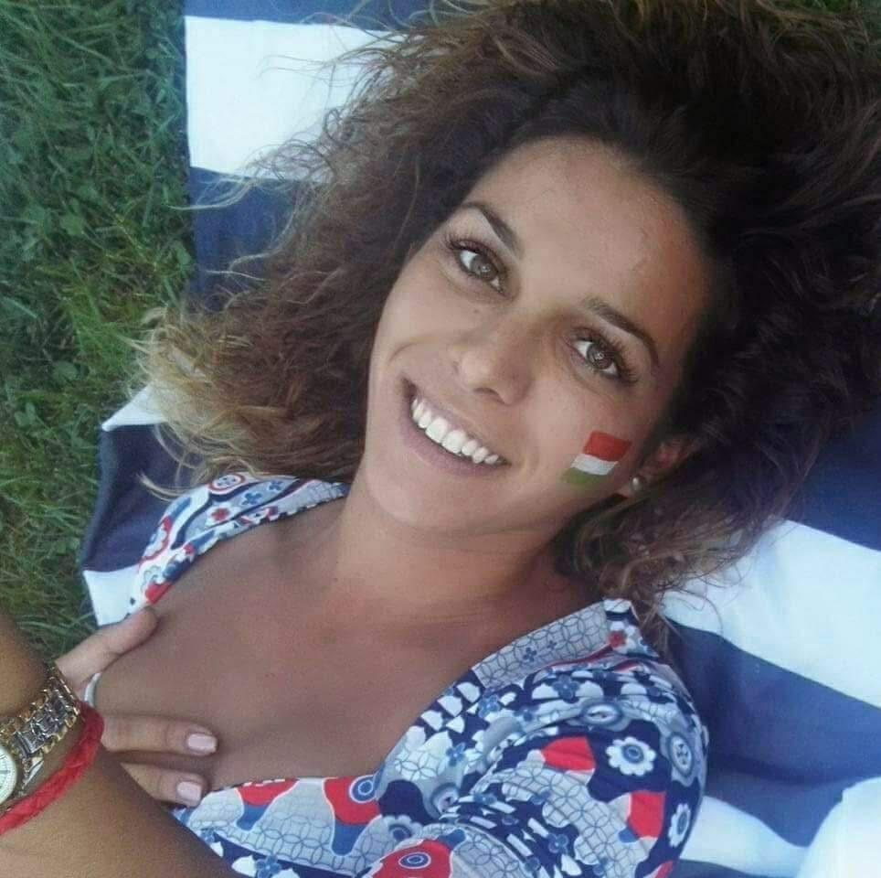 ViolettaRenáta, 35