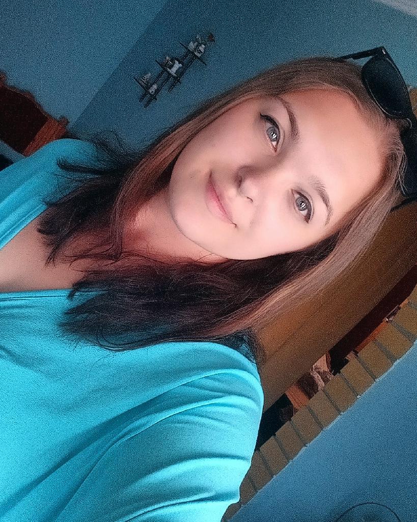 Gabriella_99, 21