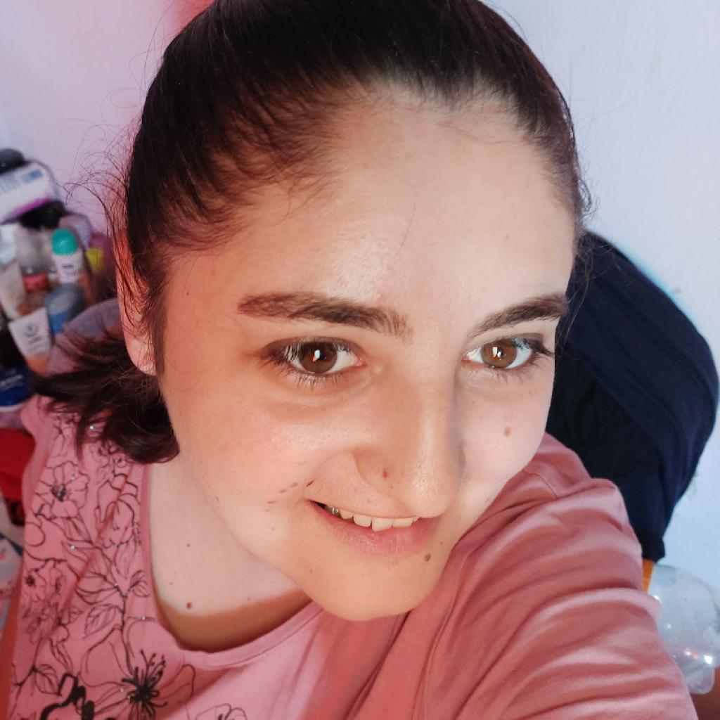 Bella27, 27