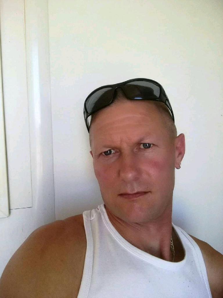 Illesi, 43
