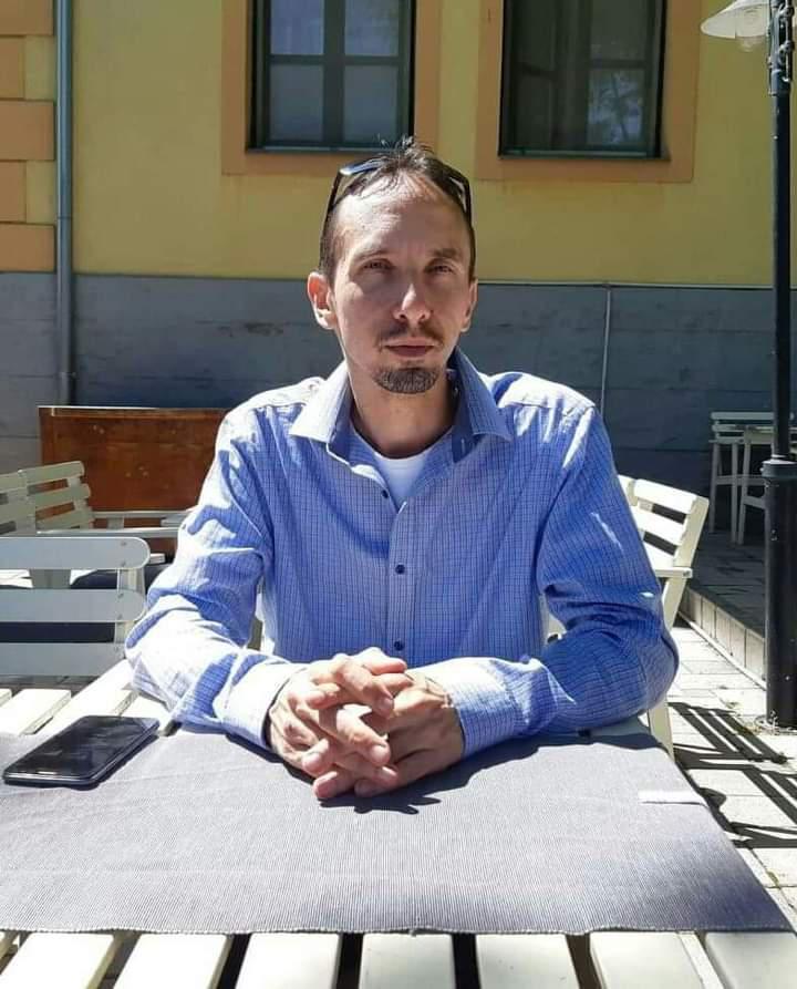 ChristianCh, 41