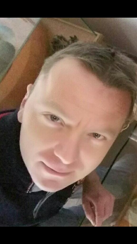 Robyert, 40
