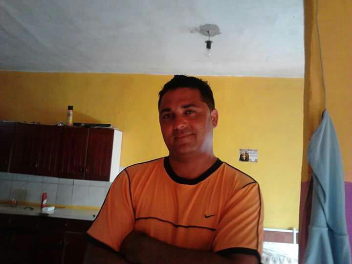 Zoola, 45