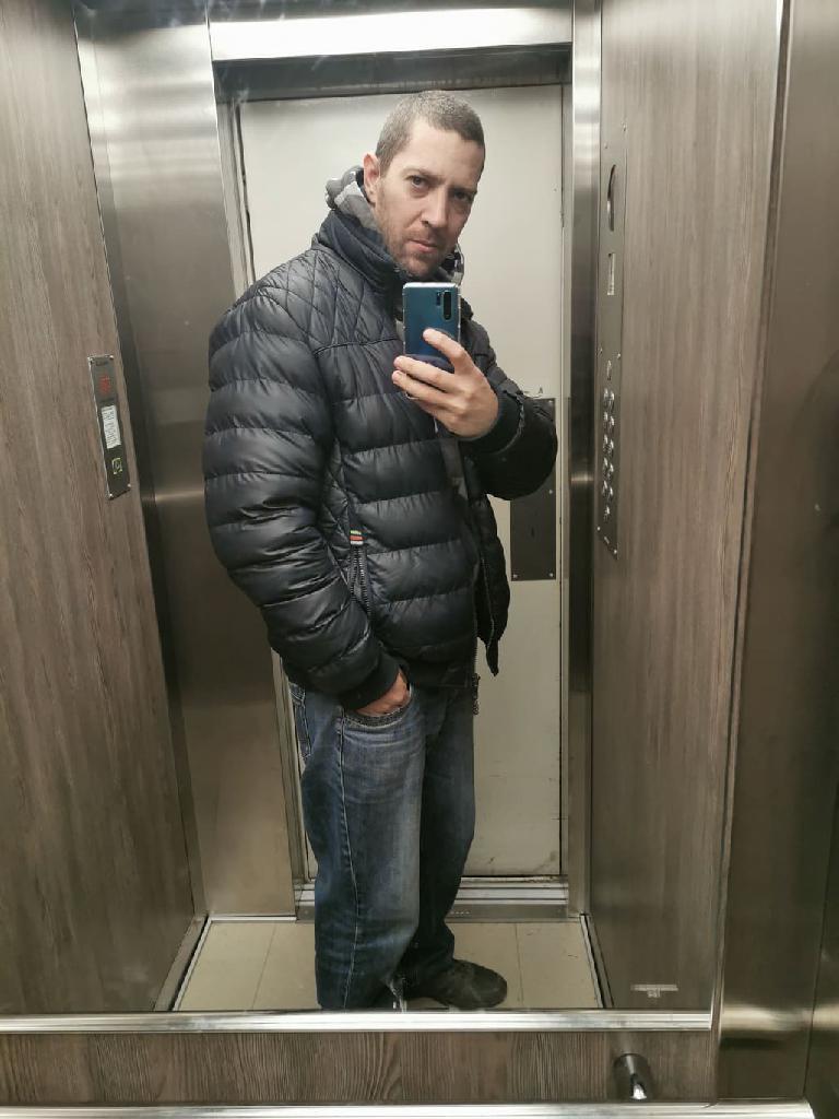 Szaabolcs, 35