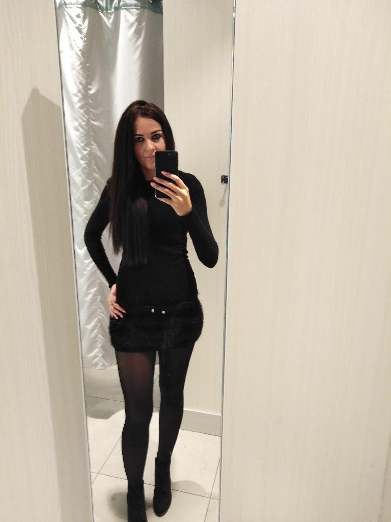 Brigiitta, 32