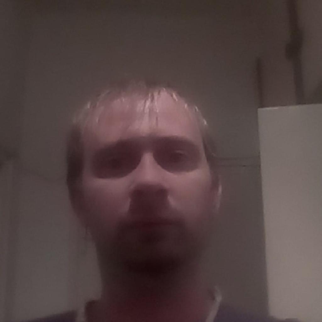 Tomipeti87, 31