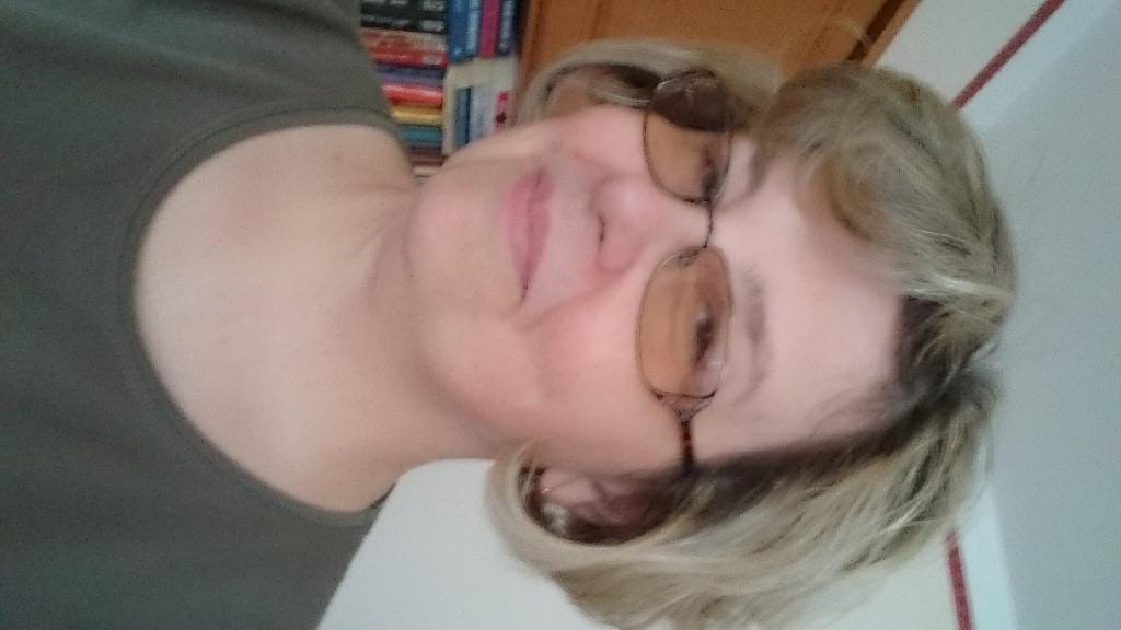 Anita304, 51