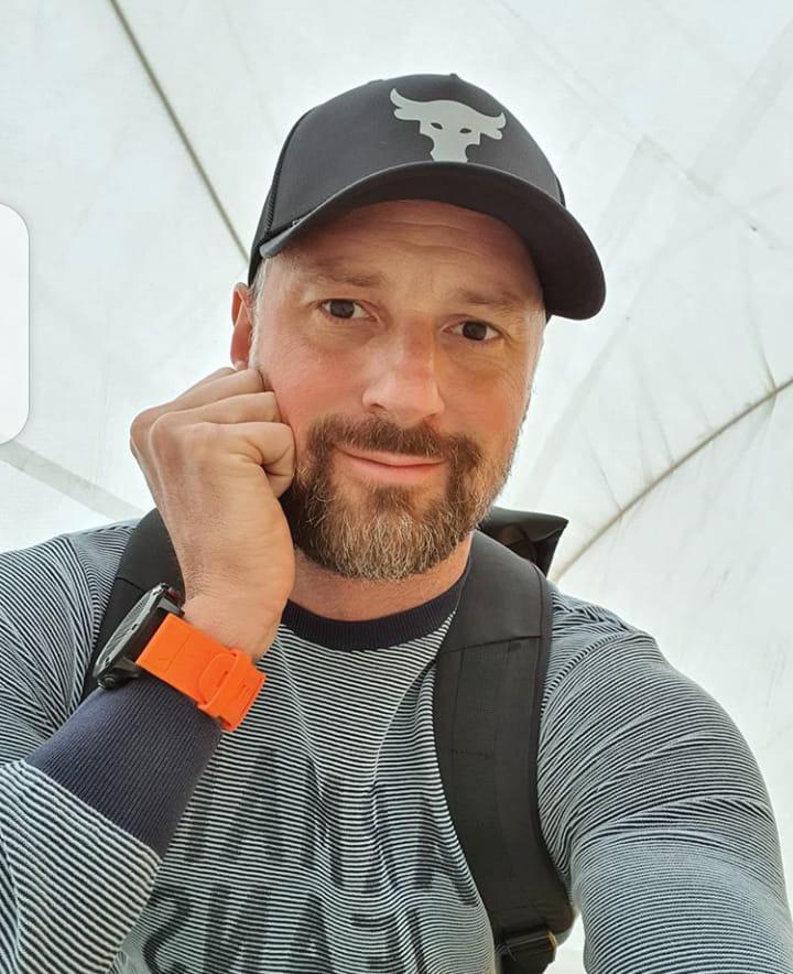 RobertRo, 51