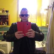 Santiego, 25