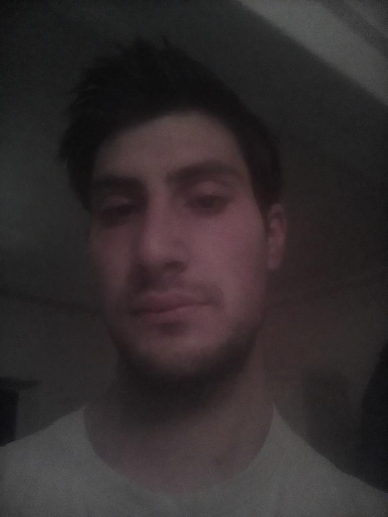 komjatidavid, 24