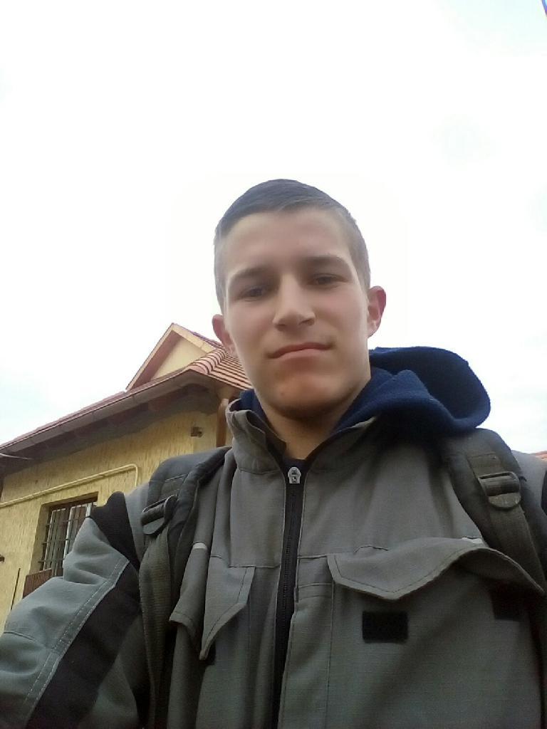Lakatosgergo, 18