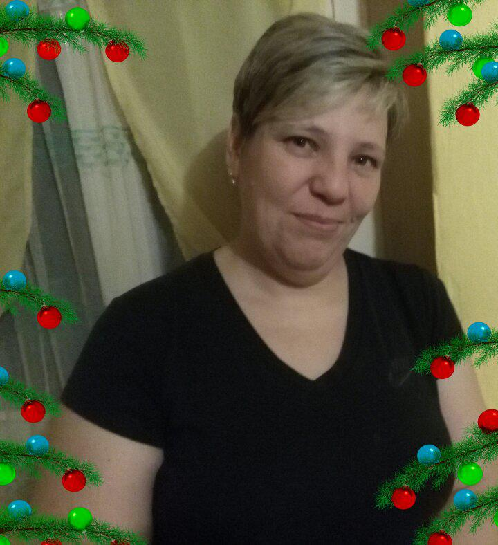 Cristinaa, 46